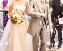 年賀状で結婚報告